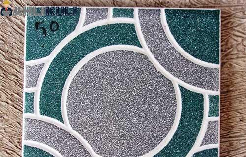Keramik Kamar Mandi Arwana