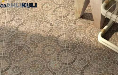 Keramik Roman Artistik