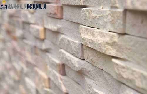 Perawatan Batu Alam Dinding