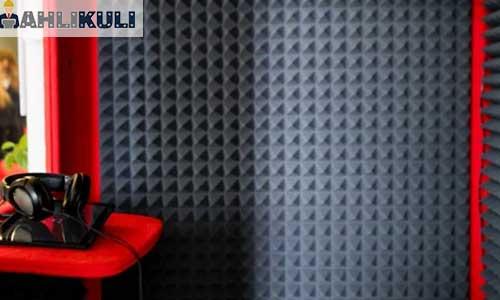 Peredam Akustik