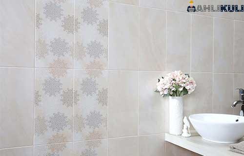 Cara Menghitung Kebutuhan Keramik Dinding Kamar Mandi